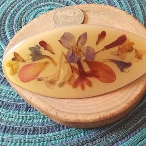 Vintage pressed flower Barrett